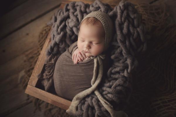 wellington cools newborn