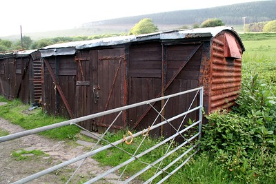 B7xxxxx 12t Vent Van Plank, Footpath to Stables off Brynna Road/Heol Cwm Mawr Road, Cwmafan, Neath Port Talbot,    13/06/14