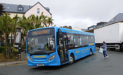 YX12DHY - Tenby (South Parade)