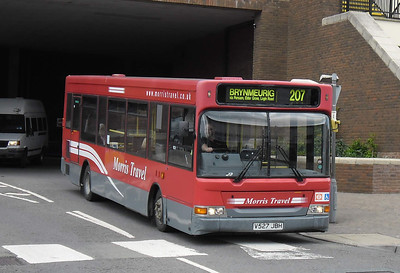V527JBH - Carmarthen (bus station)