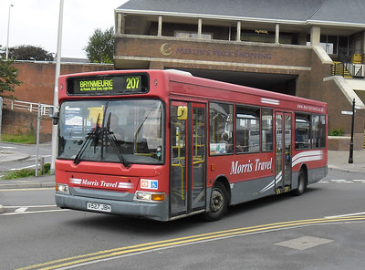 V527JBH - Carmarthen (Blue St)