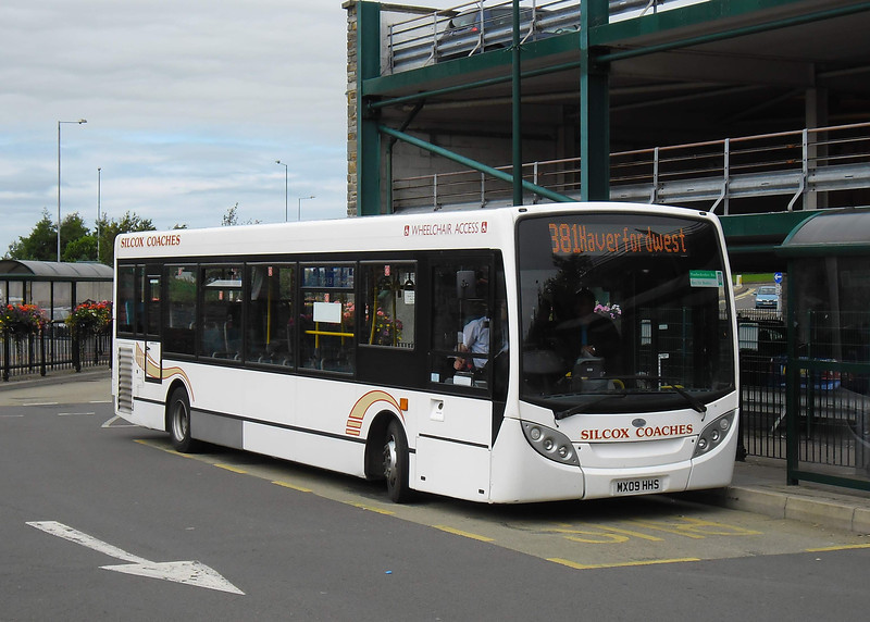 MX09HHS - Haverfordwest (bus station) - 3.8.11