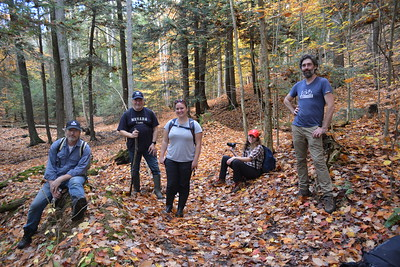 21 Hikers close to the end of hike