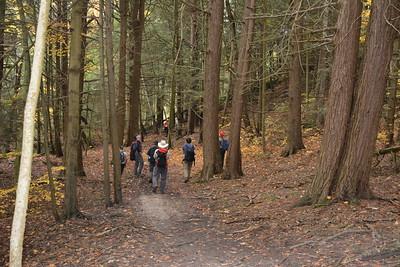 13 Hikers in E Ravine