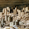 043 Tellem cave dwellings