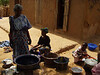 Zeinabou and Khartouma tie-dyeing