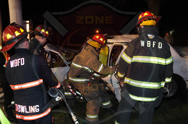 West Babylon F.D. MVA w/ Entrapment Little East Neck Rd. and Route 109 12/10/13