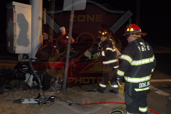 West Babylon F.D. MVA w/ Entrapment Great East Neck Rd. and Trolley Line Rd. 8/10/10
