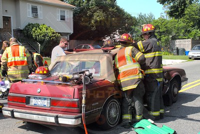 West Babylon F.D. MVA w/ Entrapment Little East Neck Rd. and 15th St. 7/9/11