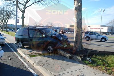 West Babylon F.D. MVA w/ Medevac Montauk Hwy. I/F/O Great South Bay Shopping Center  11/17/09