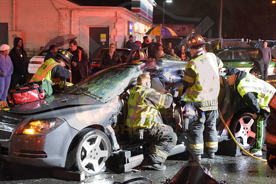 West  Babylon F.D. MVA w/ Entrapment  14th St. and Straight Path  11/30/16