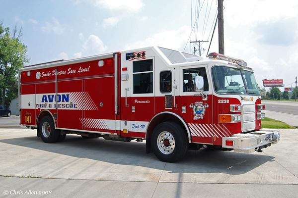 Rescue 141 - 2004 Pierce Enforcer partial walk-in Heavy Rescue w/Command Cab