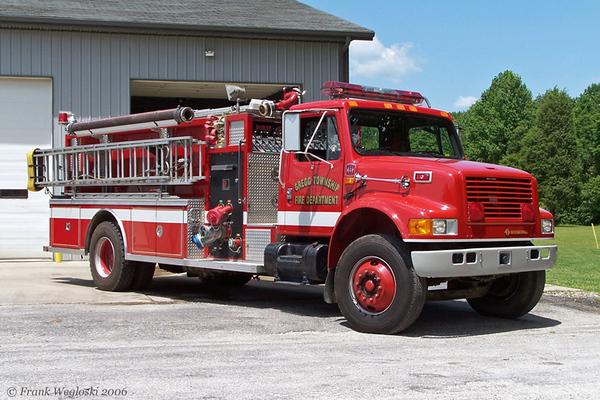 Engine 122 - 1990 International/Darley Pumper 1250gpm/1000gal