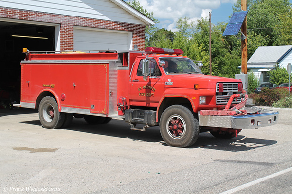 Tanker 78 - 1988 Ford F800/McGinley - 0/2000gal
