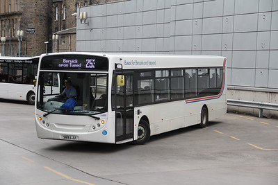 Borders Buses 11502 Edinburgh Bus Stn 1 Jul 17