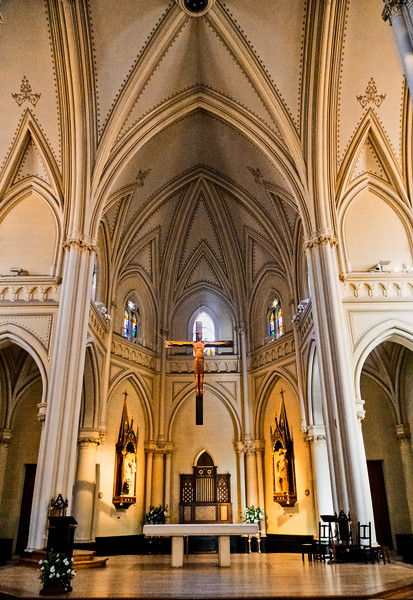 Tigre -Inside  Parroquia  Cathedral-1