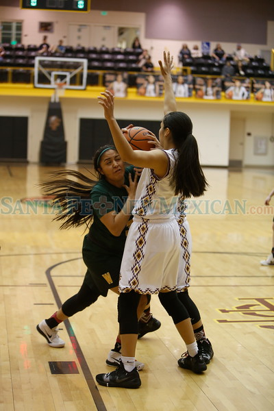 The first quarter of the West Las Vegas High School vs Santa Fe Indian School girls basketball game on Wednesday, February 27, 2019. Luis Sánchez Saturno/The New Mexican