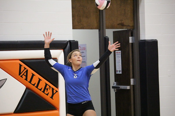 West Lyon volleyball at Rock Valley 9-26-17
