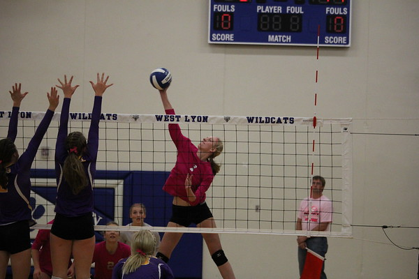 West Lyon volleyball vs. Central Lyon 10-10-17