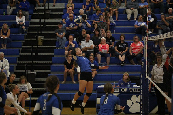 West Lyon volleyball vs. G-LR 9-14