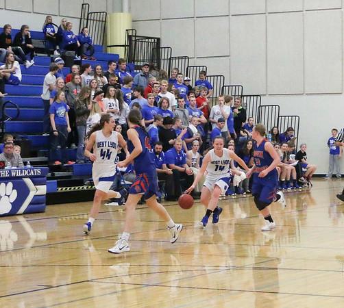 West Lyon vs. Sioux Center girls basketball Nov. 24