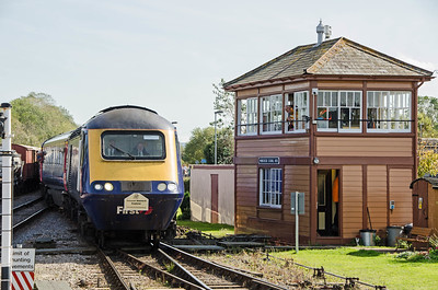 43042 leads the charter from Oxford into Minehead