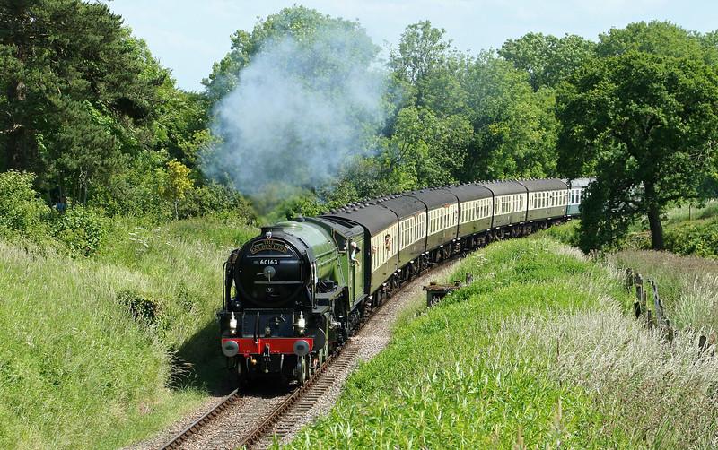 60163, 14.30 Bishops Lydeard-Minehead, Nornvis Bridge, near Crowcombe Heathfield, 14-6-09.