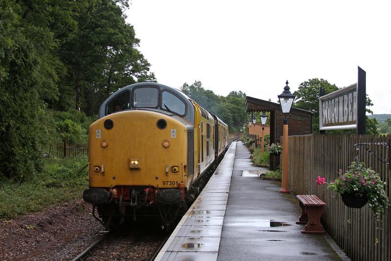 97301, 07.12 St Erth-Bishops Lydeard, via Minehead, Network Rail track-testing train, Stogumber, 9-6-11.