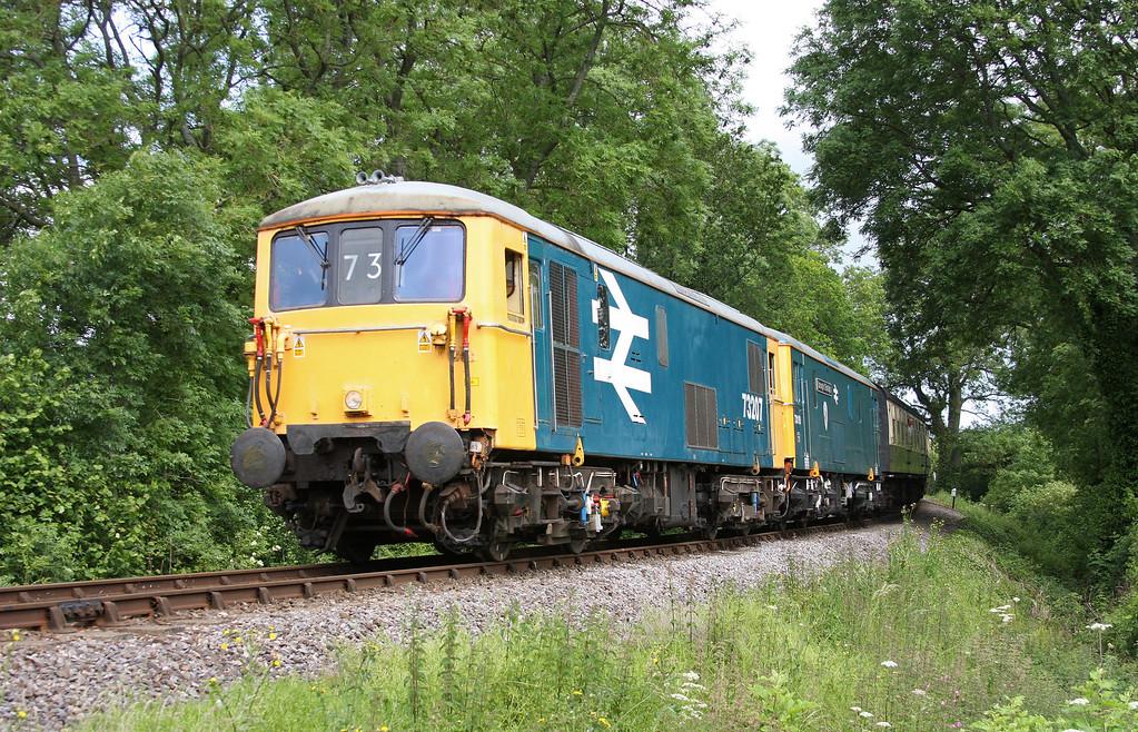 73207/73119, 09.45 Minehead-Bishops Lydeard, Nethercott, near Crowcombe Heathfield, 17-6-12.