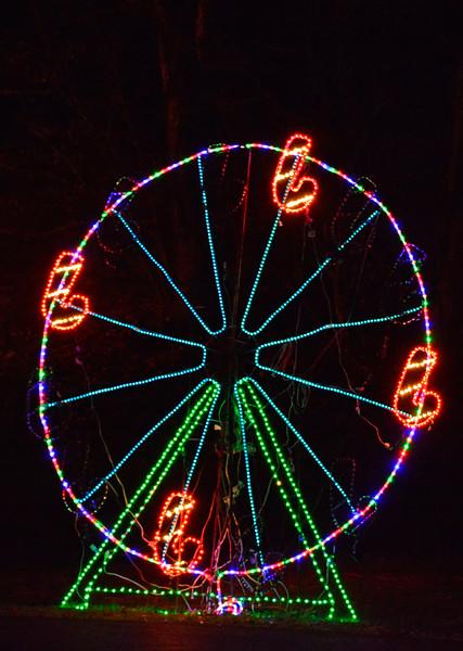 ChristmasLightsCoonskinParkKanawhaCoWV-2015-sjs-002