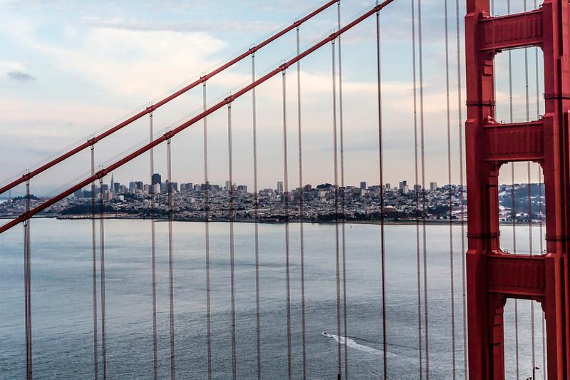 CA-SAN FRANCISCO-GOLDEN GATE BRIDGE