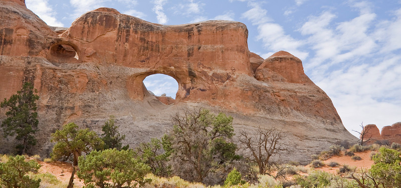 UT-ARCHES NATIONAL PARK-TUNNEL ARCH