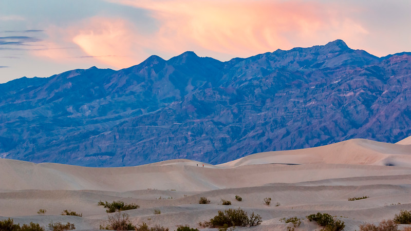 California-Death Valley National Park-Mesauite Flat Sand Dunes at sunset