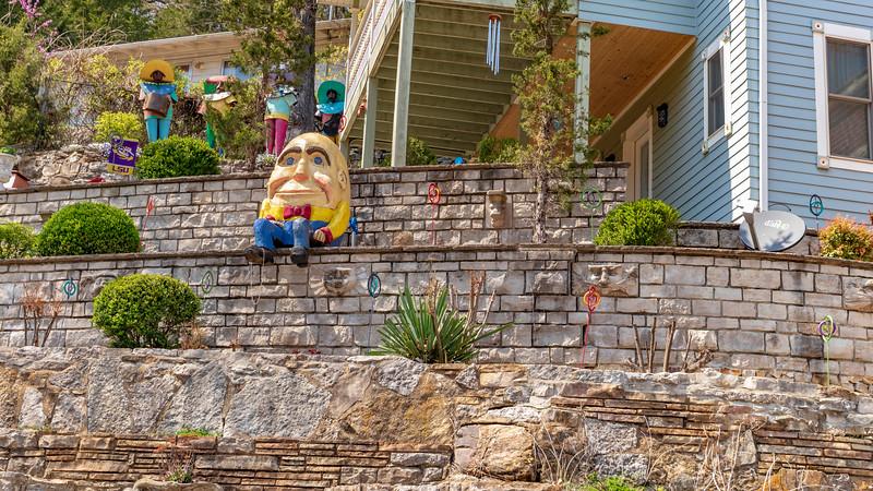 Arkansas-EURIKA SPRINGS-Humpty Dumpty