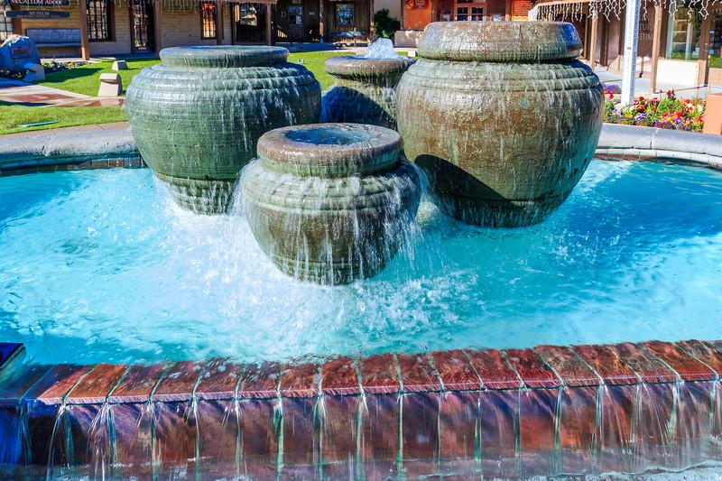 CA-PALM SPRINGS-Street fountain