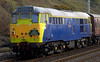 57601 & 31190 Gryphon, Hest Bank, Fri 22 April 2005 - 1747 2.  The (former?) Fragonset Ped was still wearing these lurid Railtrack colours.