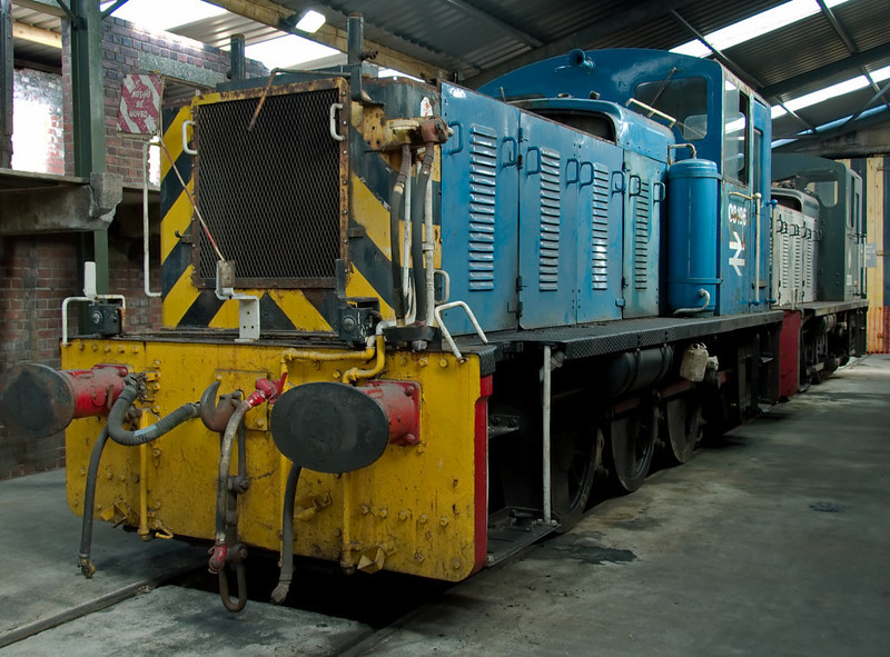 03196 & D2381, Carnforth, 26 July 2008