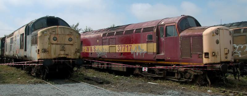 37165 & 37717, Carnforth, 27 July 2008
