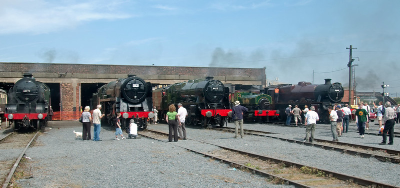 30777 Sir Lamiel, 70013 Oliver Cromwell, 46115 Scots Guardsman, WTT & 5690 Leander, Carnforth, 27 July 2008