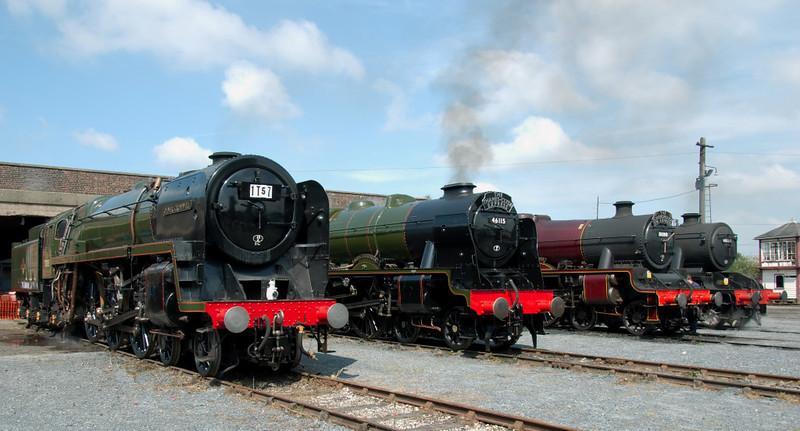 70013 Oliver Cromwell, 46115 Scots Guardsman, 5690 Leander & 48151 Gauge 0 Guild, Carnforth, 26 July 2008