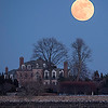Supermoon at Manor Park