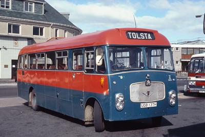 MacDonald Vatisker UGB137H Stornoway Bus Station Jun 85