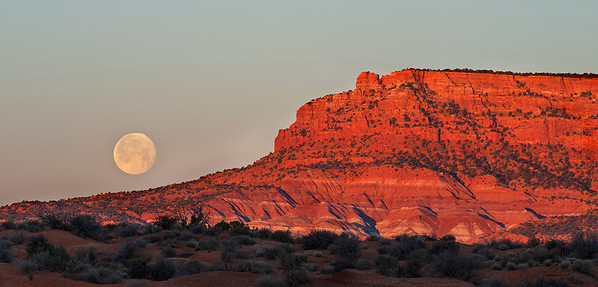 Moon Over Vermillion Cliffs