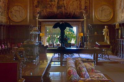 20D-061006-8541_Casa_Grande_living_room