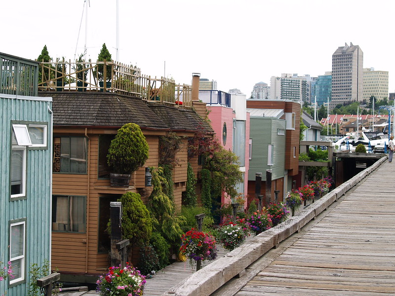 Houseboats at Granville Island (2006)