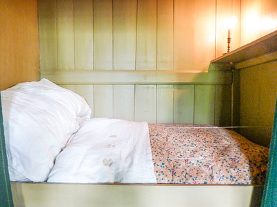 Amsterdam Stedlik Museum - in the past, people slept sitting up in bed.
