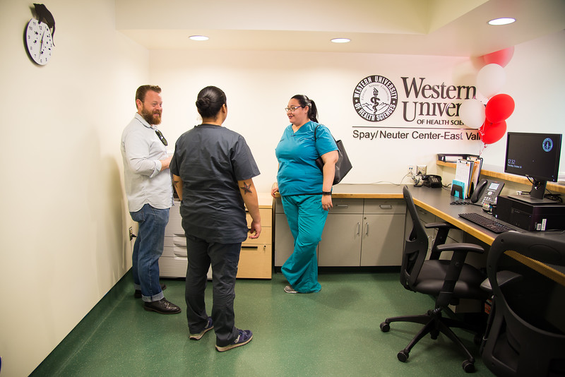 WesternU College of Veterinary Medicine and LA Animal Services celebrate the opening of the East Valley Spay/Neuter Center in Van Nuys. Call 818-510-0197 to make an appointment or for more information. (Jeff Malet, WesternU)<br /> #WesternUWay #SpayandNeuter