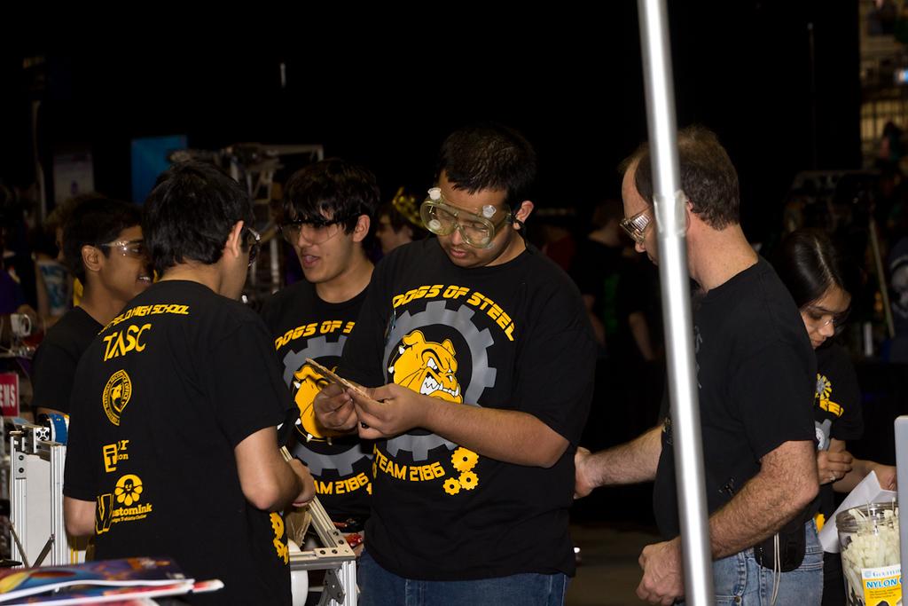 2012-03-16_[127]_WHS Robotics Richmond Competition