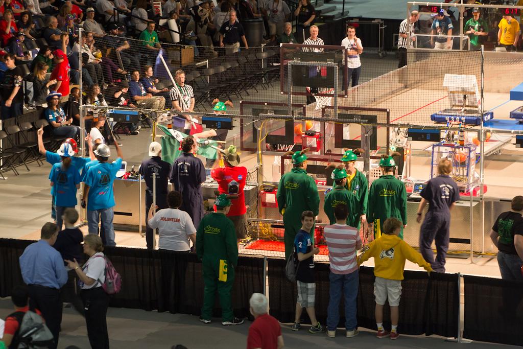 2012-03-16_[029]_WHS Robotics Richmond Competition