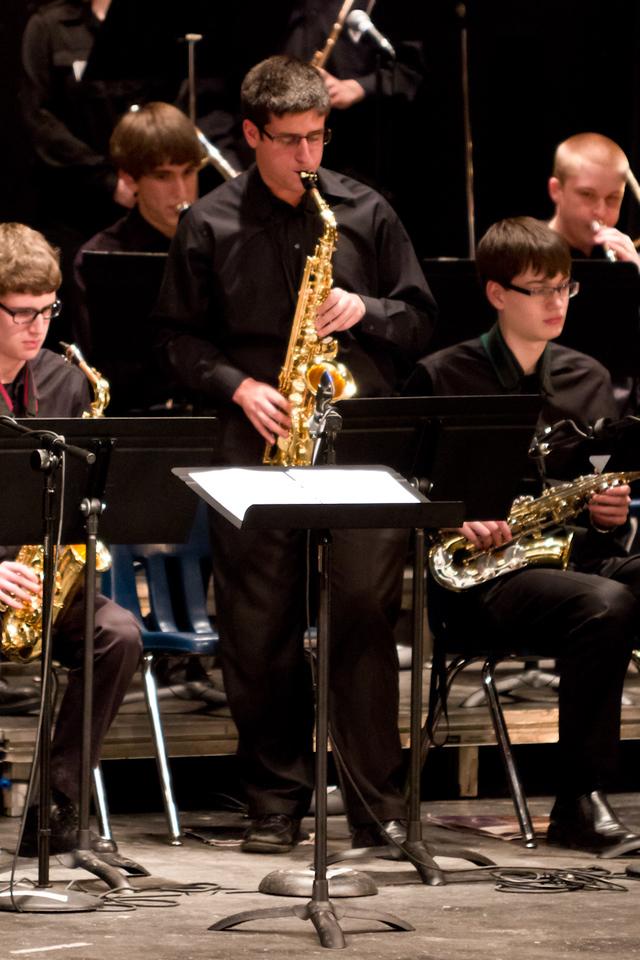 2012-03-17_[024]_WHS Chantilly Jazz Festival